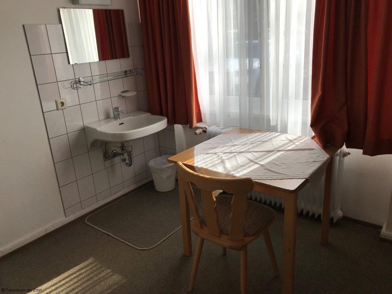 Zimmer03 (2)